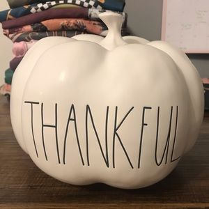 Rae Dunn THANKFUL pumpkin